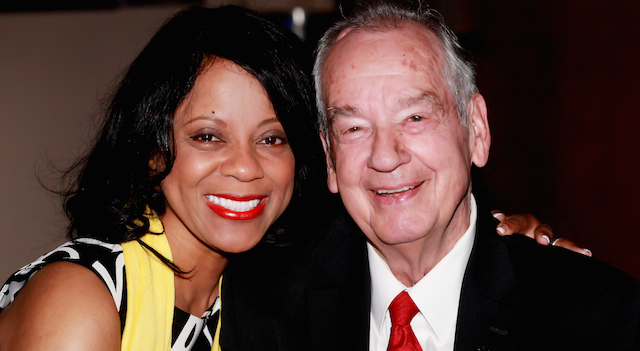 Linda Clemons presents with the late Zig Ziglar (Image courtesy of LindaClemons.com)